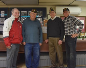 2016-11-21-delivering-thanksgiving-turkey-dinners-for-veterans-irv-perlstein-alan-winger-russ-davidson-dick-newbert