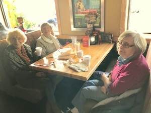 2016-12-10-applebees-pancake-breakfast-04