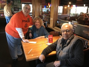 2016-12-10-applebees-pancake-breakfast-10