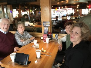 2016-12-10-applebees-pancake-breakfast-14